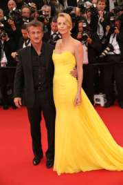 11/37 SLIDES | After a year and half of togetherness -- and an engagement! -- Sean Penn and Charlize Theron called it quits in June 2015. Though we don't know exactly what sparked the sudden split, reports suggest that it was Charlize who pulled the plug by not returning Sean's calls or texts.